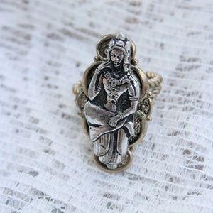 Vintage 1970's Goddess Ring
